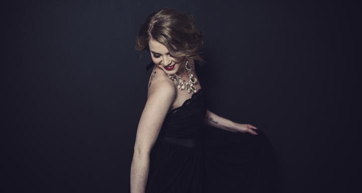 2015-11-09.little-black-dress