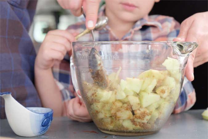 grandmas-spiced-apple-hand-pies-3