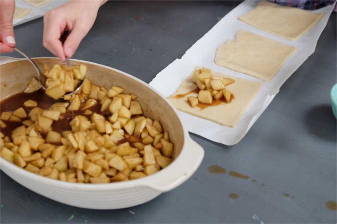 grandmas-spiced-apple-hand-pies-6