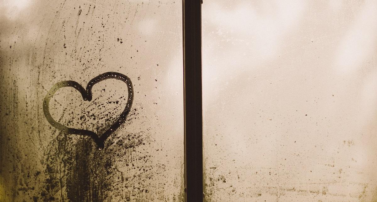 drawing-hearts